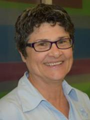 Dr Maxine Preston