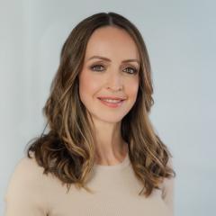 Dr Anne Stark