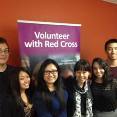 Members of the UQ Red Cross Society.