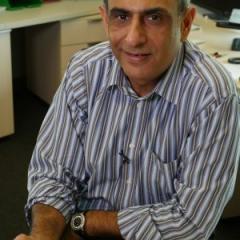 Professor Sunil Lakhani has received a Distinguished Pathologist Award.